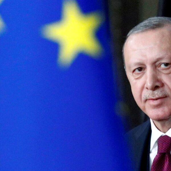 AKP'nin Avrupa Birliği ile İmtihansız Dansı